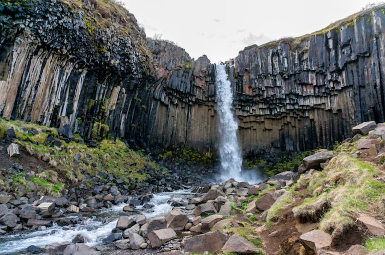 Svartifoss waterfall in Skaftafell, part of Vatnajökull National Park